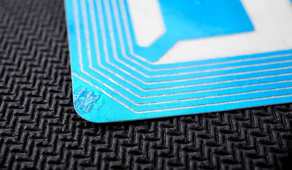 Etiquetas RFID en el sector textil y retail
